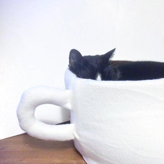 Cool Cat Beds, Coffee Mug Cat Bed Handmade from Super Soft Fleece Fabric