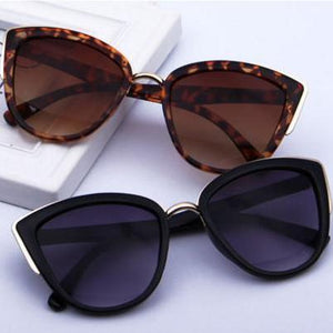 Cat related accessories, Vintage Cat Eye Sunglasses