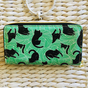 Cat Wallet Made of PU Leather and Decorated with Black Cats Playing With Wool Balls