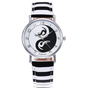 Cat Things for Cat Lovers, Cute cat Watch Featuring the Yin and Yang Symbol and Two Cats