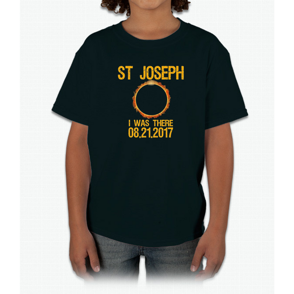 St Joseph Missouri Total Solar Eclipse 2017 T-Shirt Youth Ultra Cotton