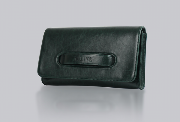 Spring'79 Clutch in Vegan Leather
