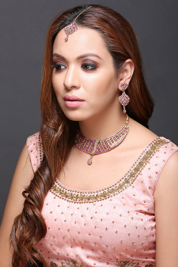 Indo-Western Necklace Set With Pink Stones