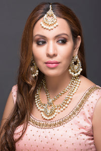 Kundan & Pearl necklace with earrings and maang tikka