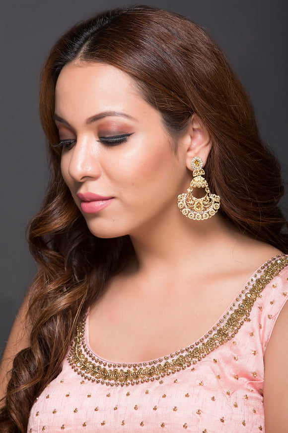 AD & Zinc Earring With Gold Stone