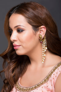 Ethnic Earcuff With A touch Of Pearls & Kundan