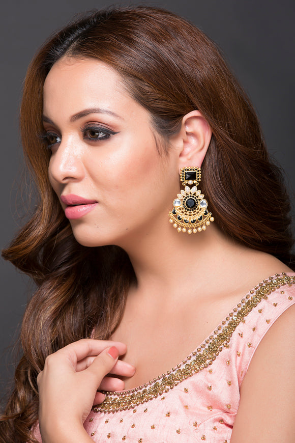 Beautiful Earring With Black Cz Stones, Polki & Pearls