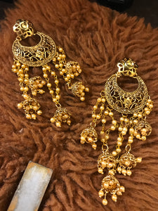 Latkan earrings
