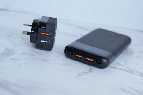 Moyork Quick Charge wall charger and power bank