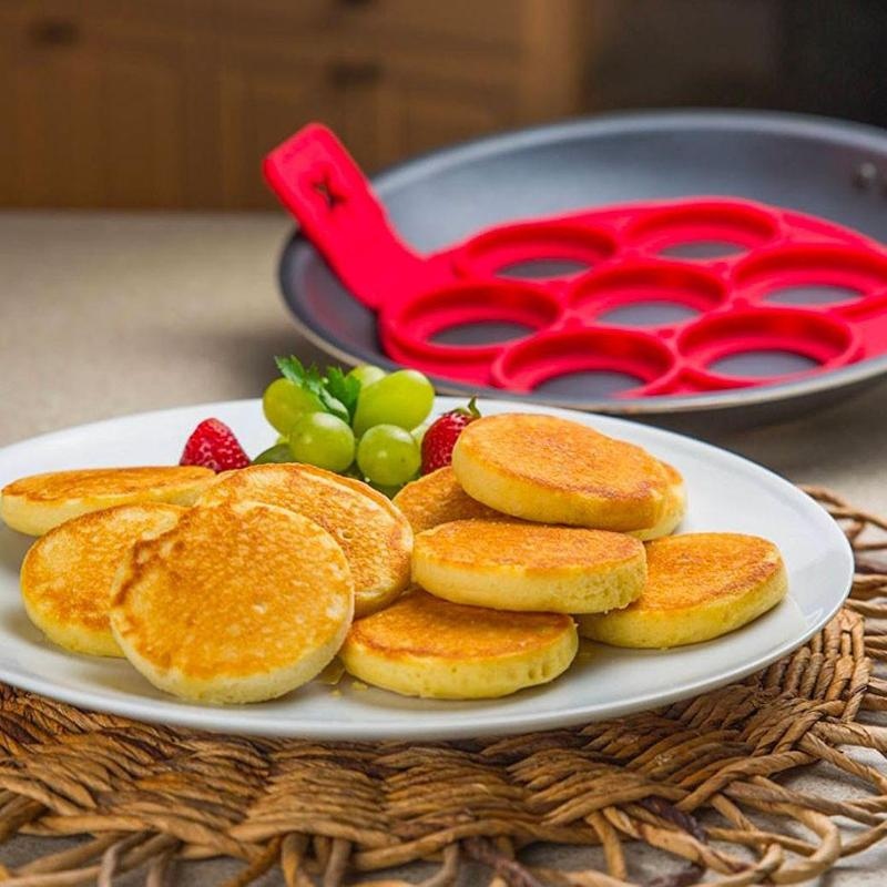 Easy Pancake Flipper