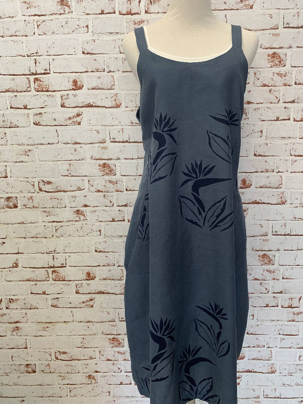 gorgeous navy screenprinted frock-medium 10-12- with pockets! - floaty and perfect for summer-linen blend-