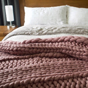 The Cleopatra Chunky Knit Blanket