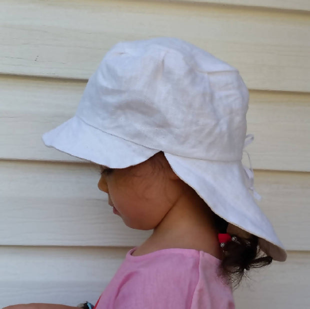 Adjustable Reversible Linen Sunhat - Natural & White