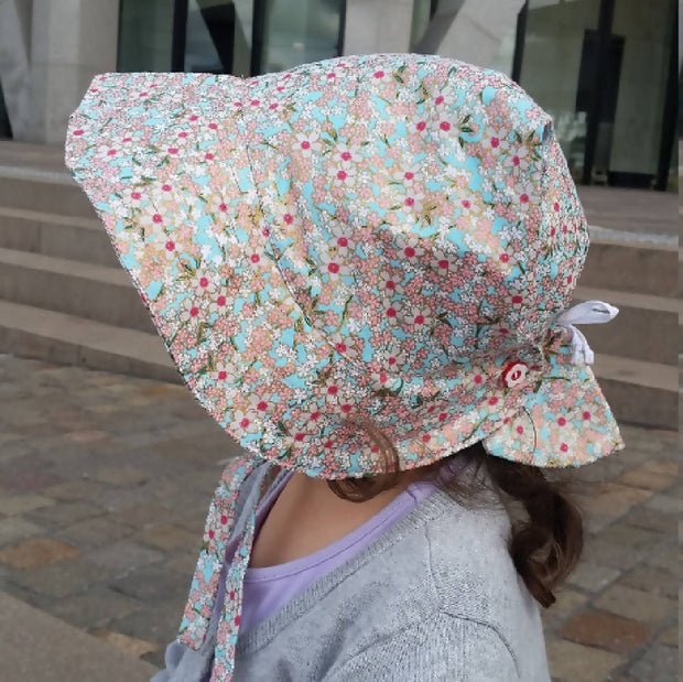Adjustable Bonnet - Japanese Style Sakura Print