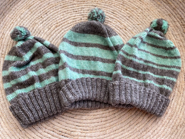 Children's beanies / hats - Fits age 5-6 years