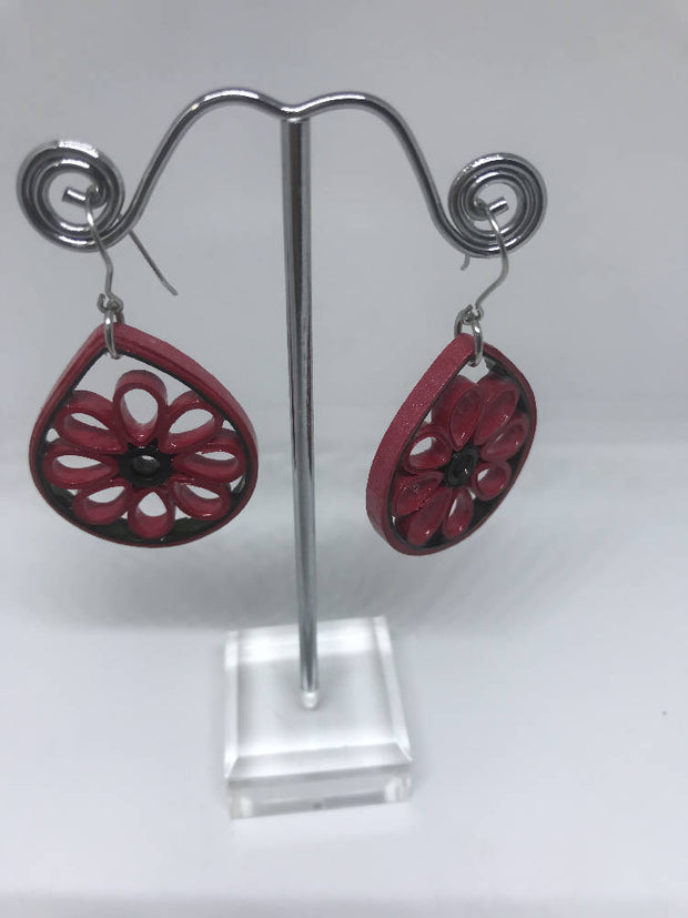 Red Teardrop flower quilled earrings made from paper.