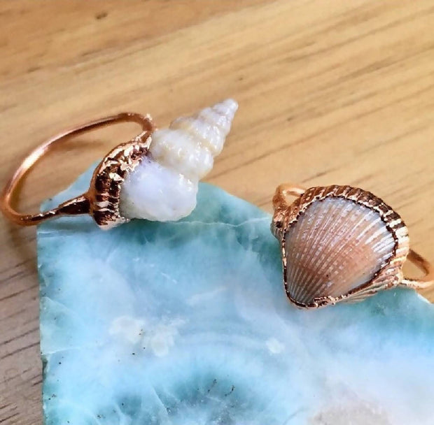Seashell and copper rings