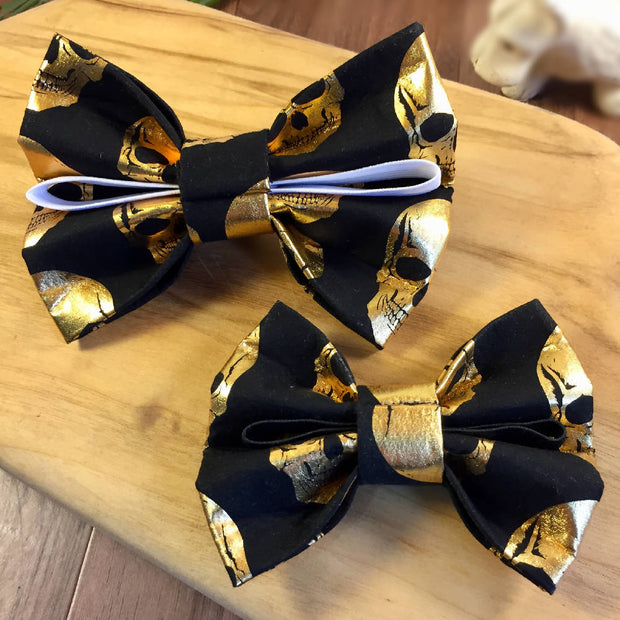 Pet Bow Tie Gold Skulls