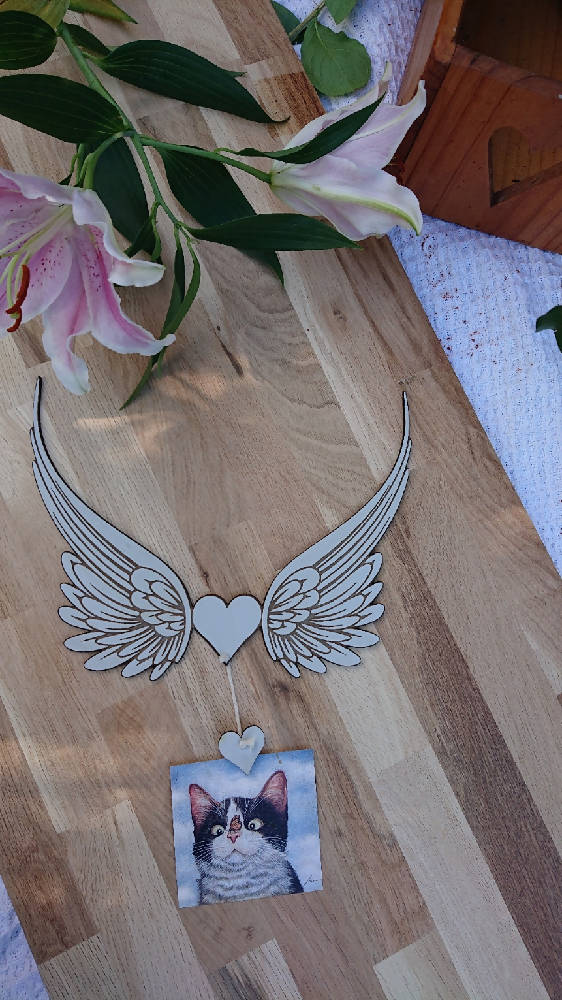 Photo Hanger - Angel Wings