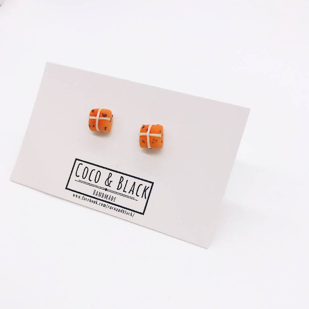 Hot Cross Bun fakefood miniature Earrings