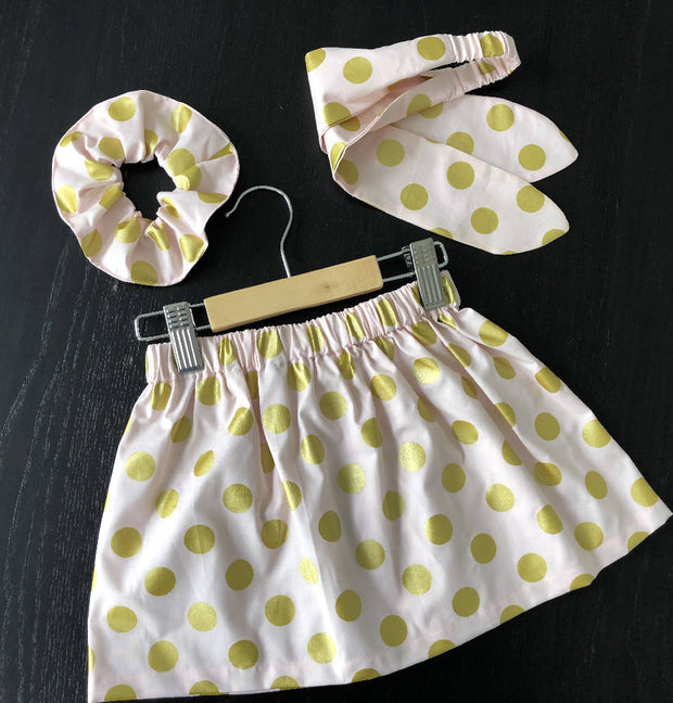 Sweet set - skirt and hair accessories (scrunchie & bow)