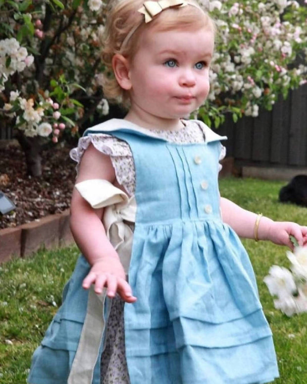 Girls linen vintage apron pinafore. Flower girl, baptism, Xmas outfit