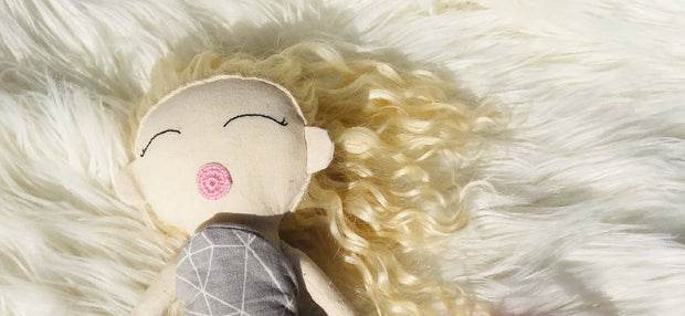 Blonde curly hair doll 1