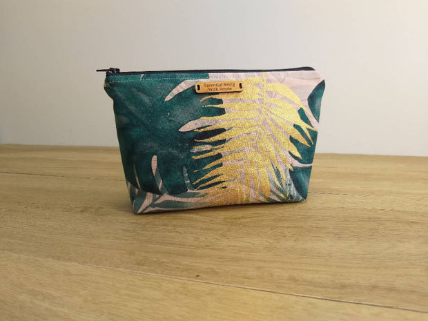 Monstera Essential Oil Bag