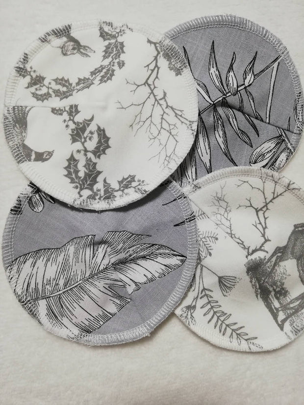 Grey woodland reusable nursing pads - Set of 2