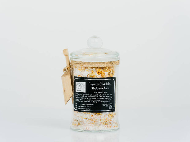 Organic Mineral Salts with complimentary wooden scoop