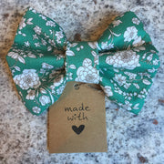 Pet Bow Tie Green Floral