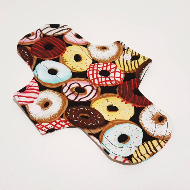 Reusable menstrual period pads starter pack - Donuts