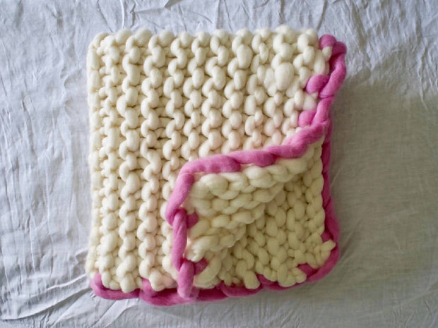 The Hush Baby blanket