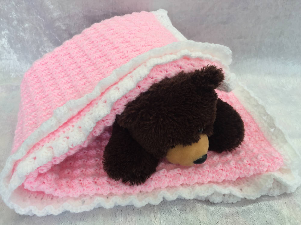 Baby Blanket, Baby afghan, Receiving blanket, Cot, Bassinet, Pram, Car. Baby Girl