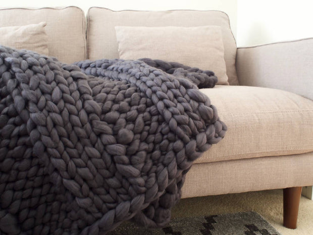 Vegan Woolly Mammoth Chunky knit Blanket