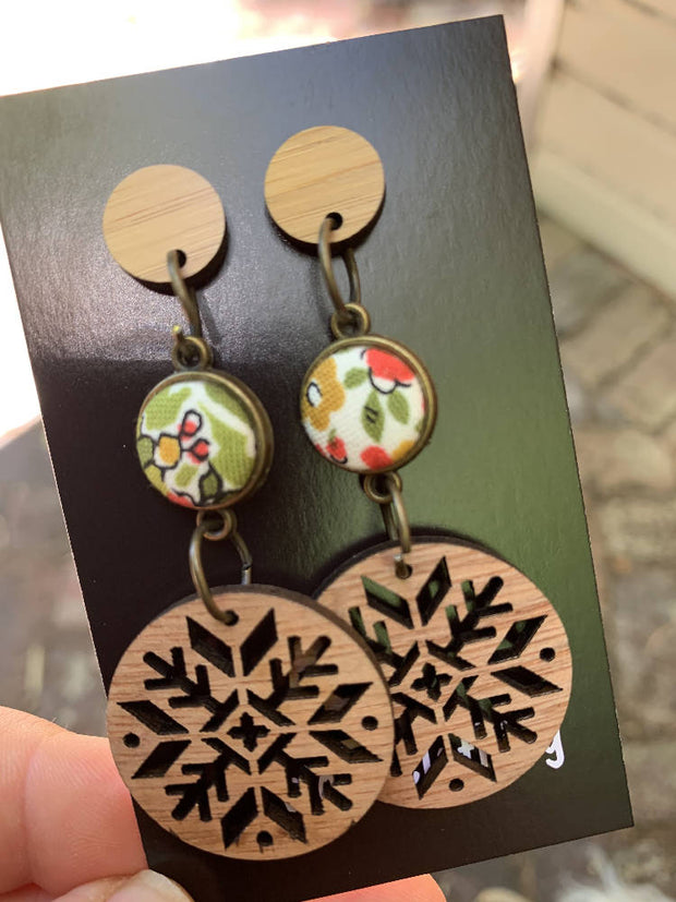gorgeous wood, floral, wood dangles-beautiful!
