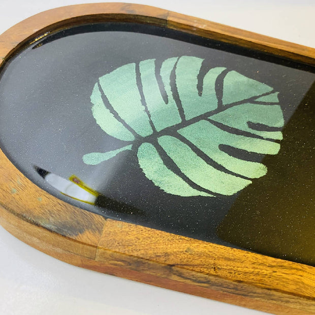 MARKET SPECIAL Stencilled Resin art Tray
