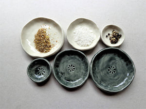 Set of 3 porcelain nesting prep bowls, grey or white pinch pot salt pepper spice dishes
