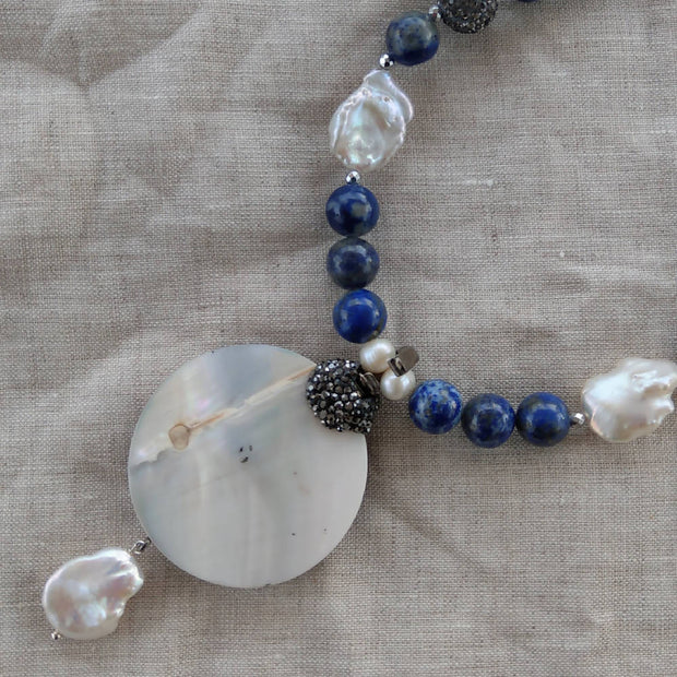 Lapis, F.W.Pearl Necklace with Mother of Pearl & Lapis Lazuli Pendant