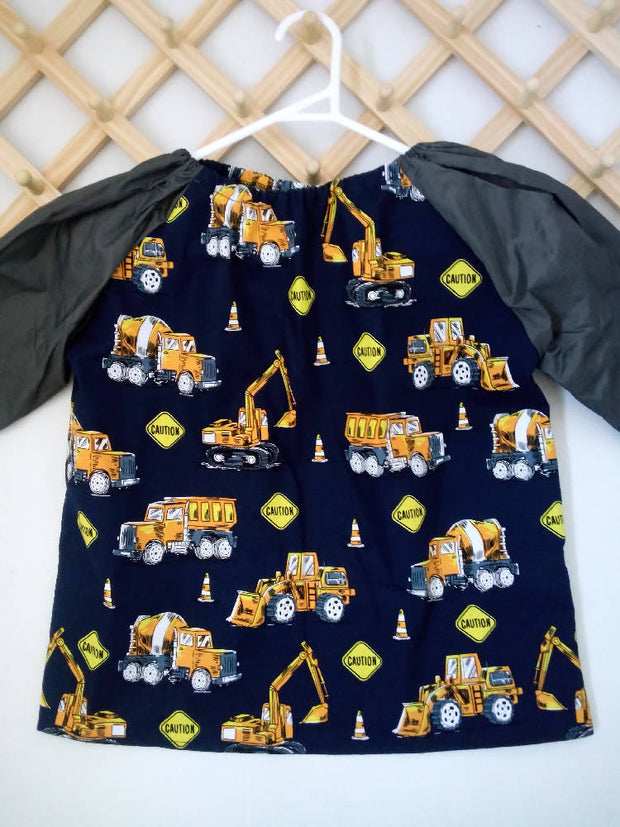 Art smocks child sizes long sleeve size 5/6