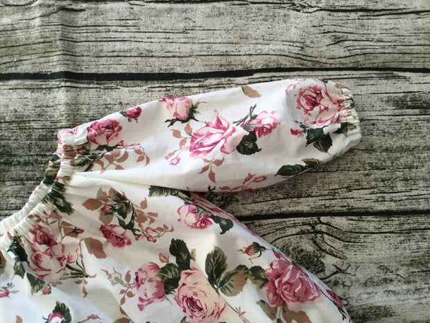 Vintage Rose Playsuit Flutter Sleeves Baby Shower Gift Newborn Outfit Bubble Romper Baby Clothes Beach Newborn Sunsuit Take Home Outfit