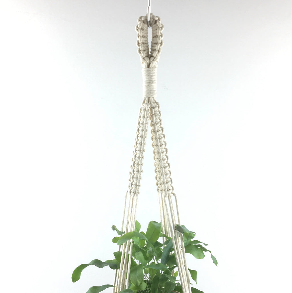 Medium Macramé hanger