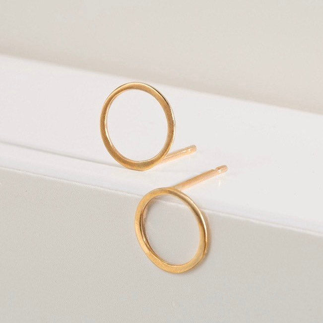 Open circle studs - 9ct recycled gold