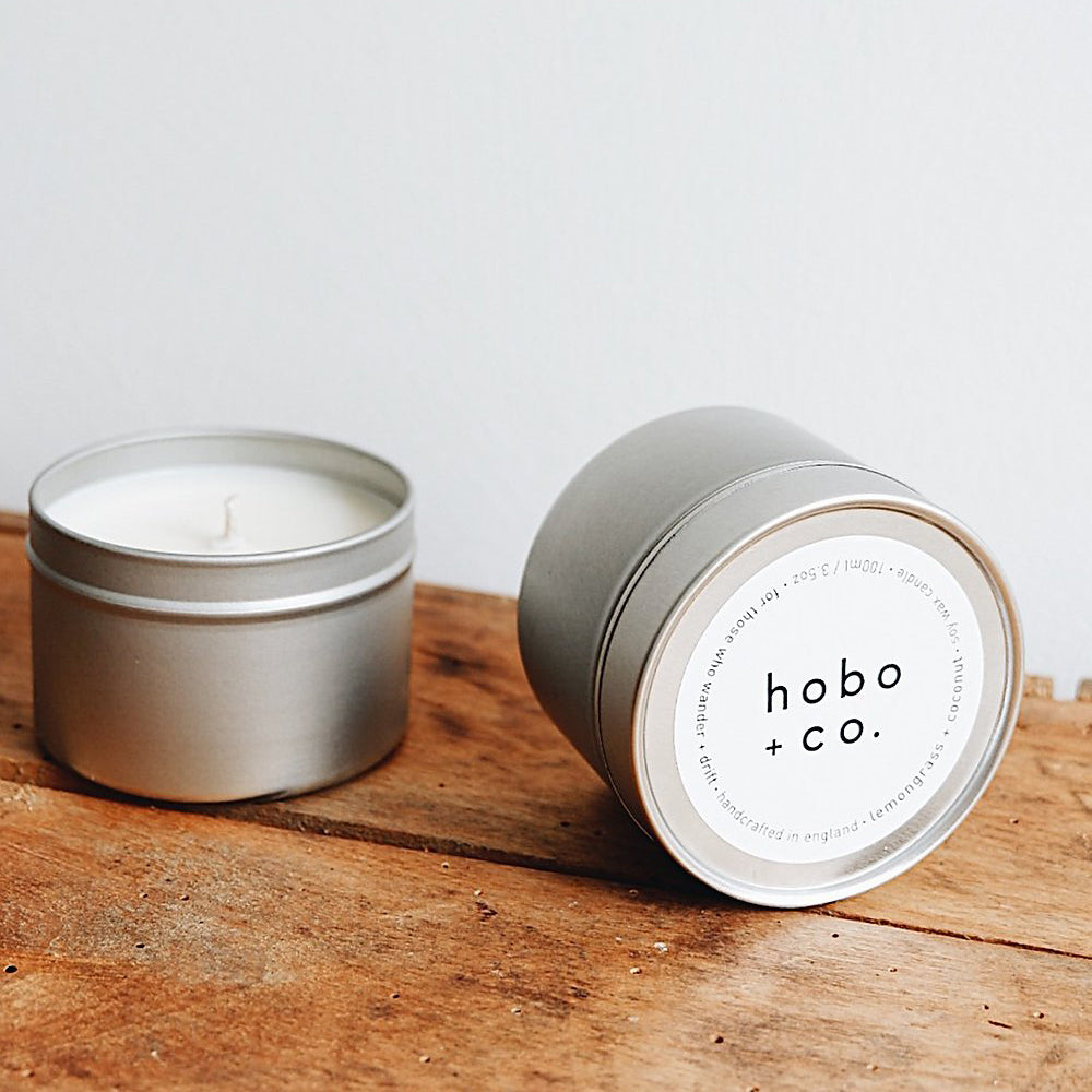Eco-soja kaars 'Lemongrass & coconut' in blik van HOBO & CO