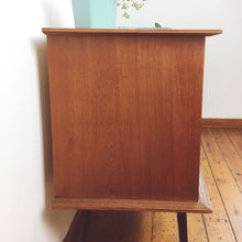 Vintage commode