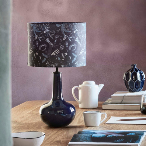 Ceramic 'bell' table lamp – dark blue