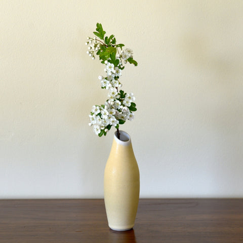 Alto vase - soft yellow