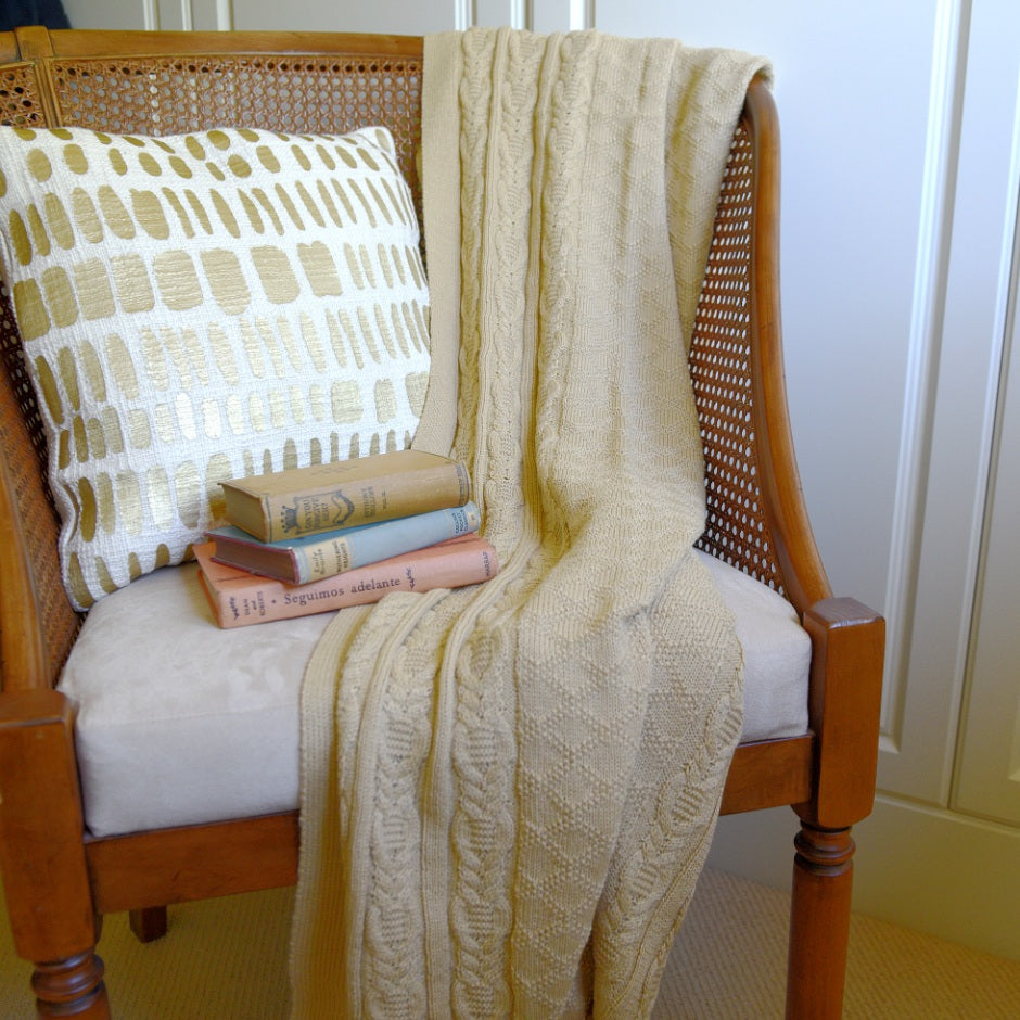Maize Primrose throw
