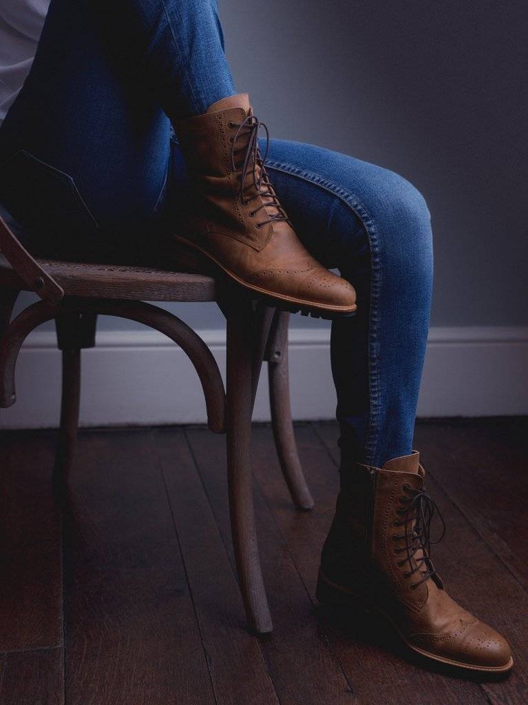 Balla Conker Brown Leather - Classic brogue lace up ankle boots.
