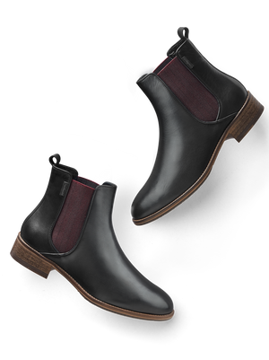Grove, an everyday black leather Chelsea ankle boot with a contrast elastic panel.